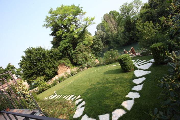 Un giardino condominiale il giardino di de pra snc - Giardino condominiale ...
